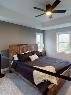 Summit-Custom-Homes-Bedroom(1).jpg