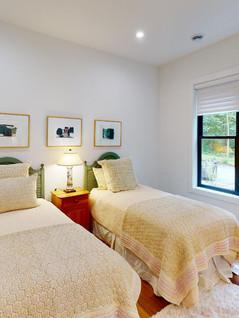 Crary-Construction-Inc-Bedroom(4).jpg