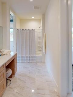Temple-Builders-Bathroom(4).jpg