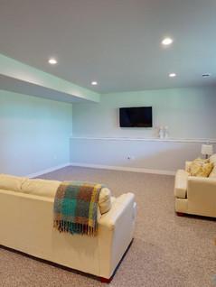 Midwest-Homes-Inc-Living-Room(3).jpg