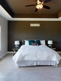 Platinum-Builders-Bedroom.jpg