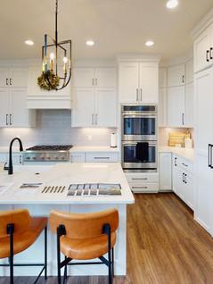 Classic-Custom-Homes-Of-Waunakee-Kitchen(3).jpg