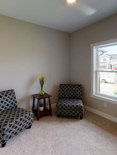 Platinum-Builders-Bedroom(1).jpg