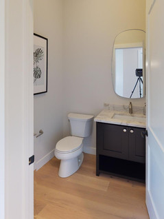 Premier-Builders-Inc-Bathroom(3).jpg
