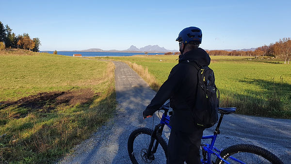 Straumøya utsikt.jpg