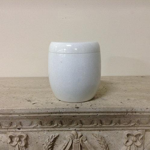 7.5x6.5 Granite Crystal White Urn-F