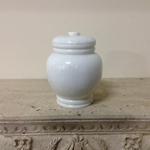 9.5x6.5 Crystal White Ornate Urn-H