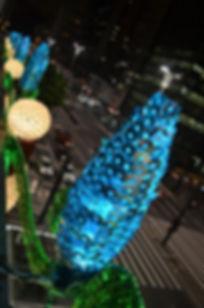 decoração natalina, CDs, CD, sucatas, garrafas pet, ornamentos, Natal, iluminação, cores, formas, cenários, cenografia, peças, decorativas, arte, art, recycle, reciclagem , reciclada