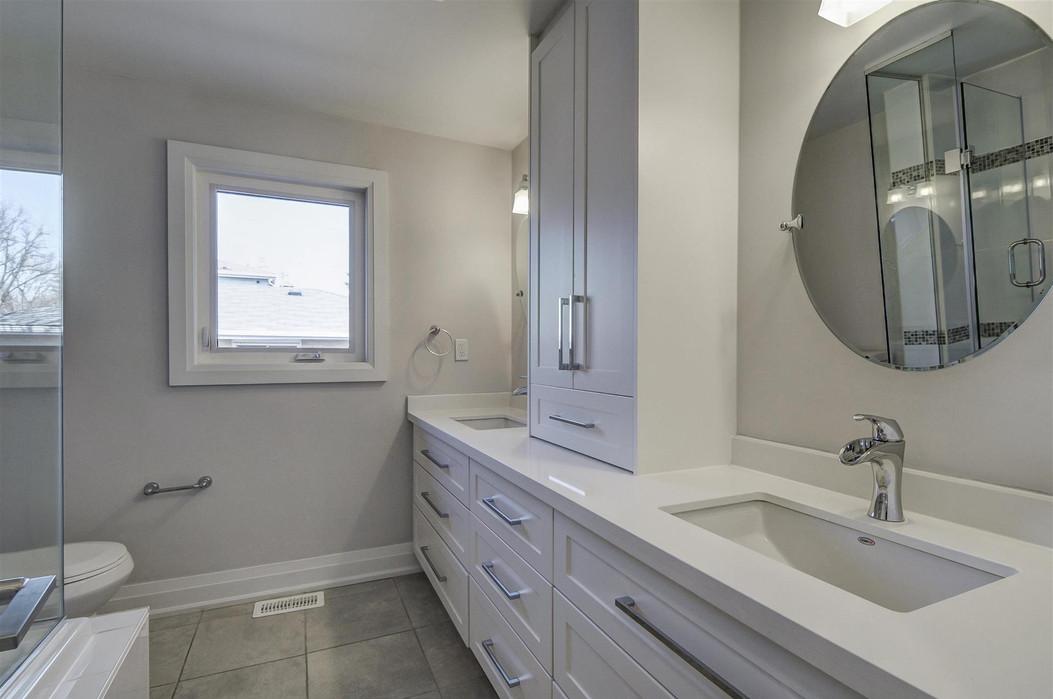 Bathroom-1.jpg