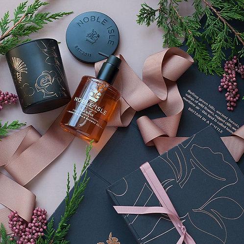 Noble Isle Wrapped Roses Gift Set