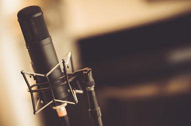 Microfone tubo no estúdio