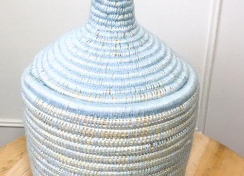 Pot marocain en osier et laine