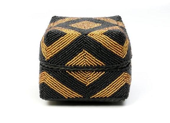 Boîte décorative noire et or