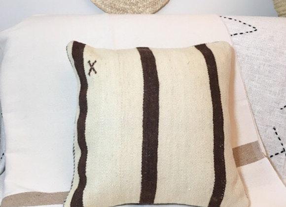 Housse de coussin réalisé dans un tapis kilim