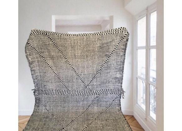 Tapis graphique blanc et noir en laine