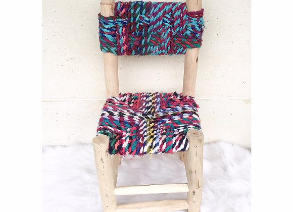 Petite chaise artisanale