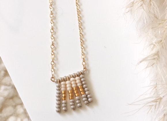 Collier tissage en perles