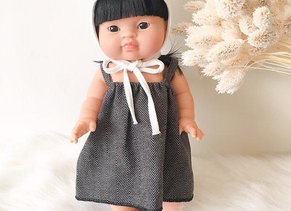 Robe Parisienne et béguin pour poupée Minikane- Blanc Bohème