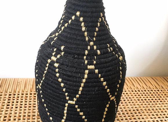 Boîte berbère noire et dorée
