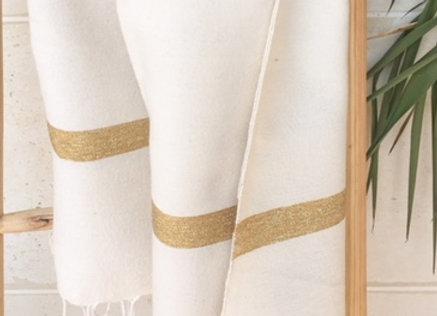 Foutah / serviette beige, larges lignes or