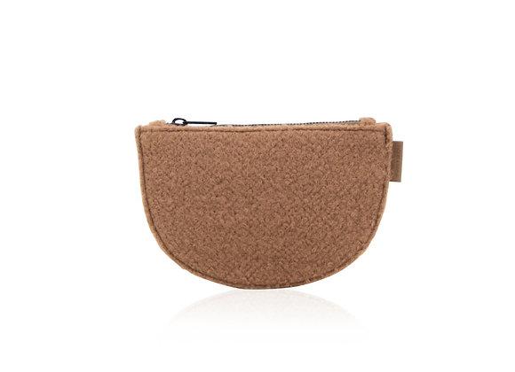 Petite pochette en laine marron