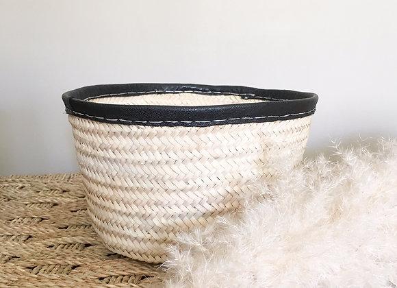 Corbeille en osier tressé et cuir, artisanal - Maroc - Blanc Bohème