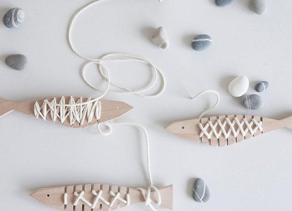 Anchois à lacer - Jouet en bois - Blanc Bohème