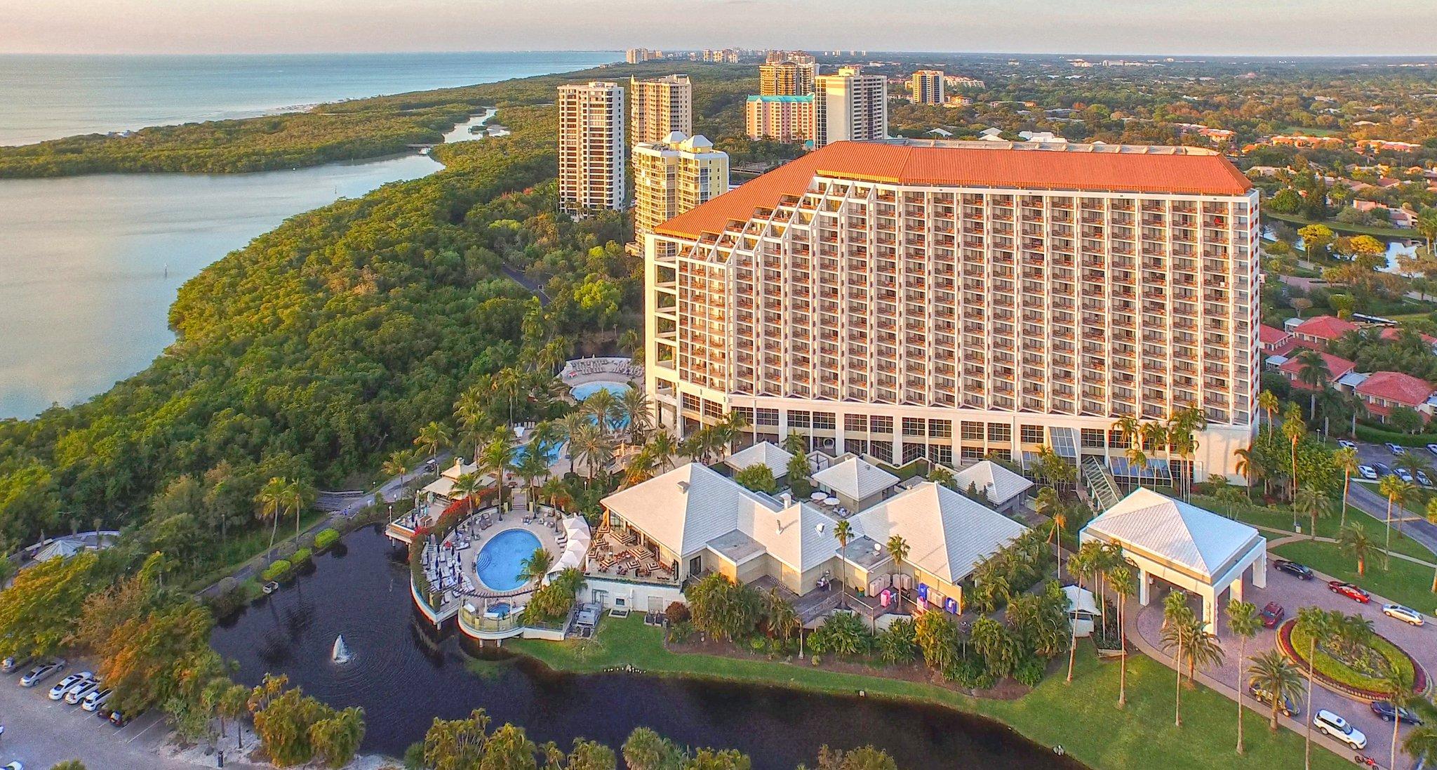 Registry Grand Hotel