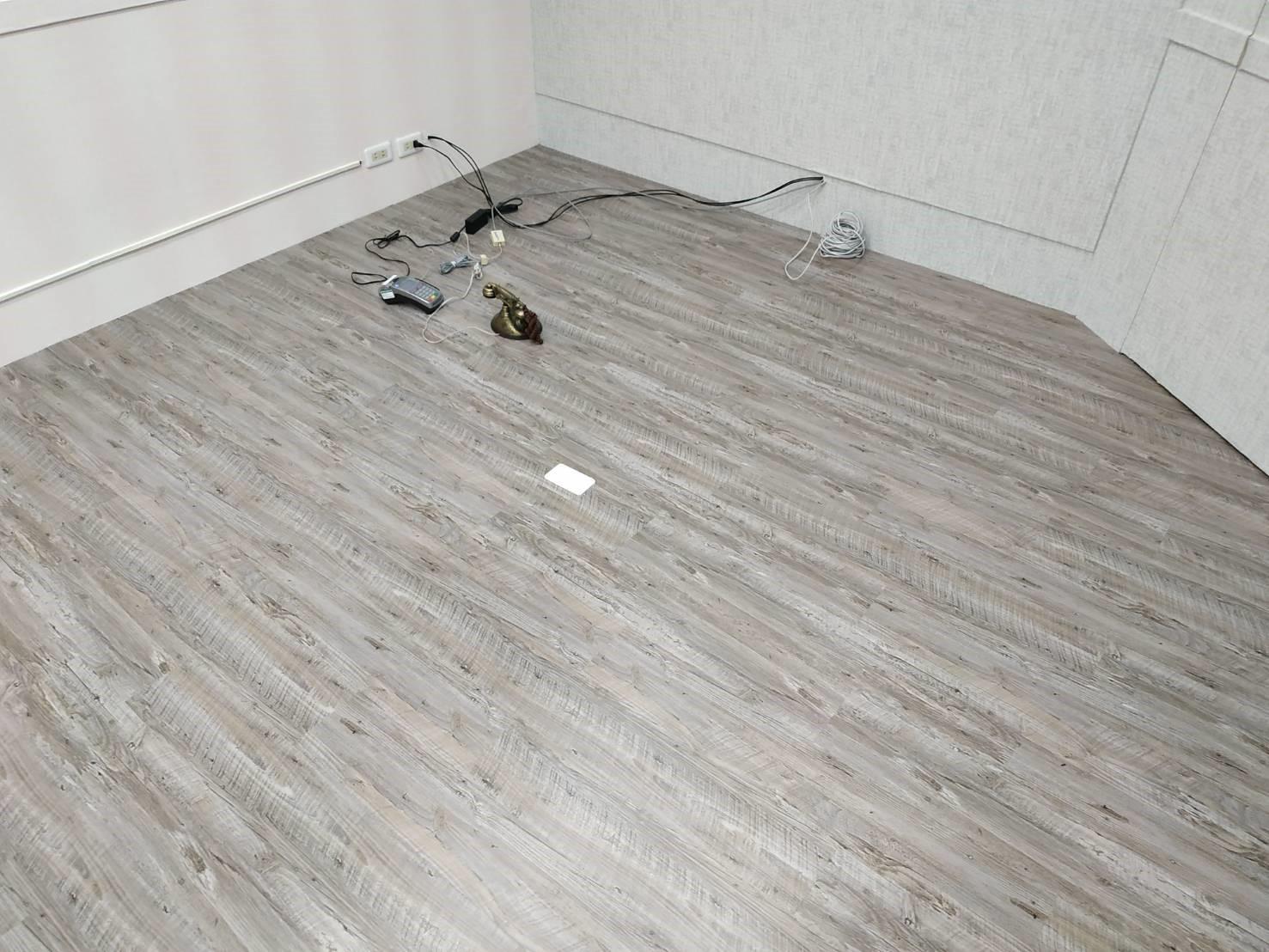 地板_190915_0061