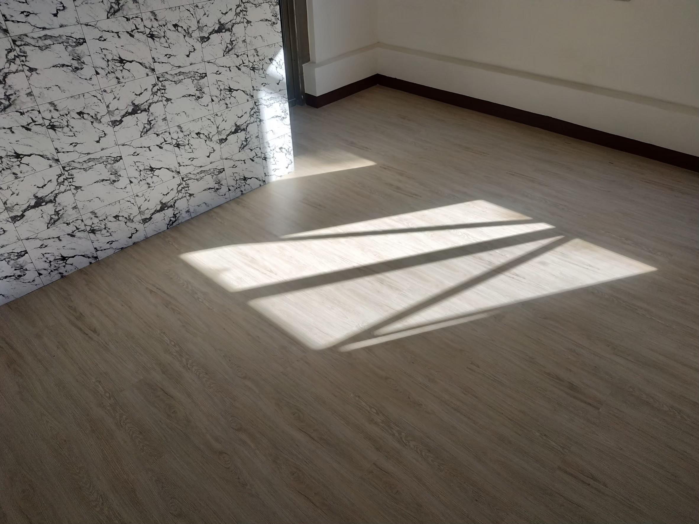地板_190915_0043