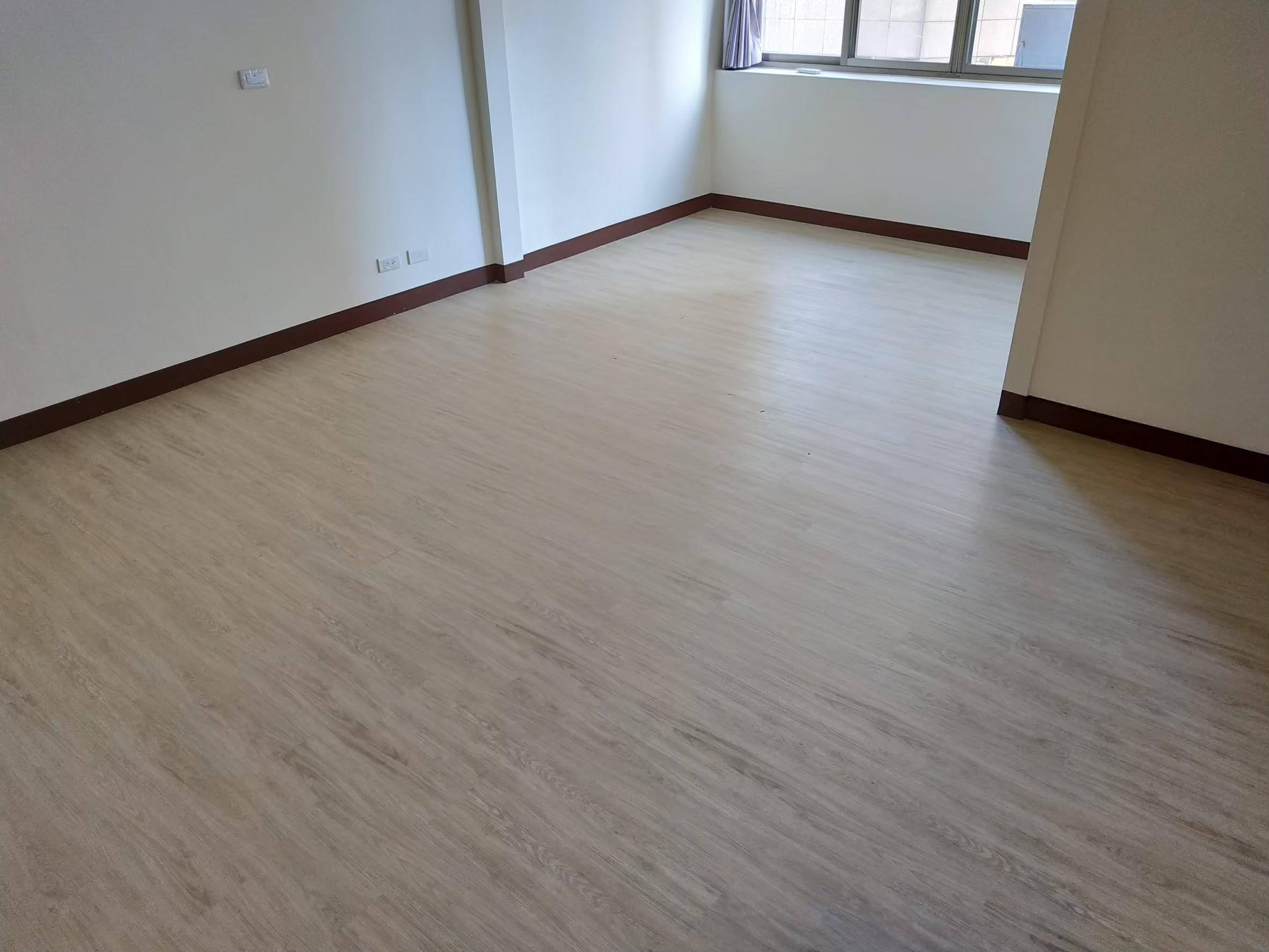 地板_190915_0046