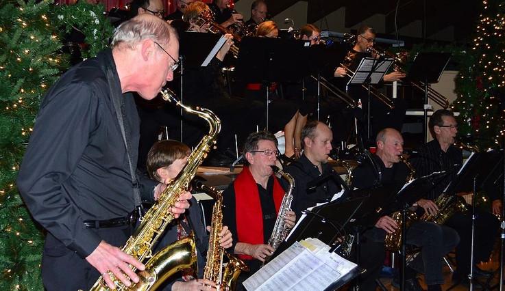 Band Photo3.JPG