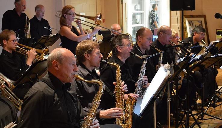Band Photo1.JPG