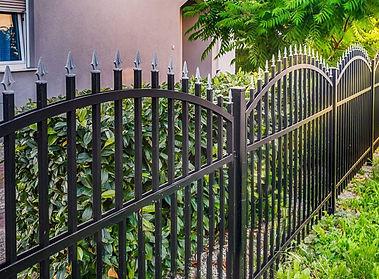 iron fence Leander.jpg