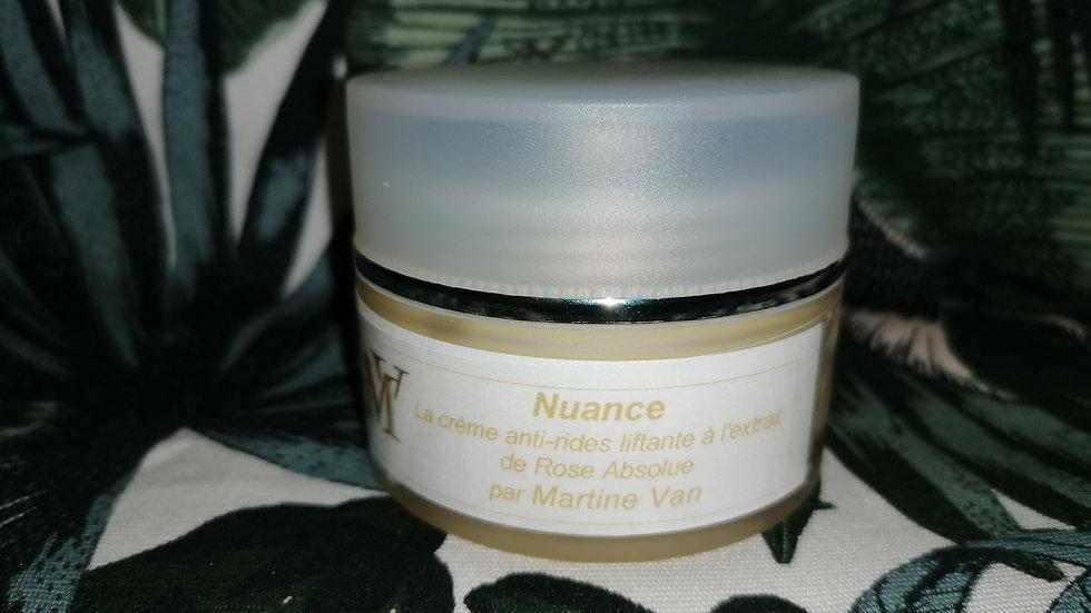 Nuance - Crème anti-rides liftante à l'extrait de rose absolue.
