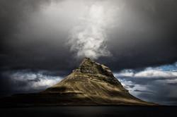 Kirkjufell mountain(キルキュフェットル山)