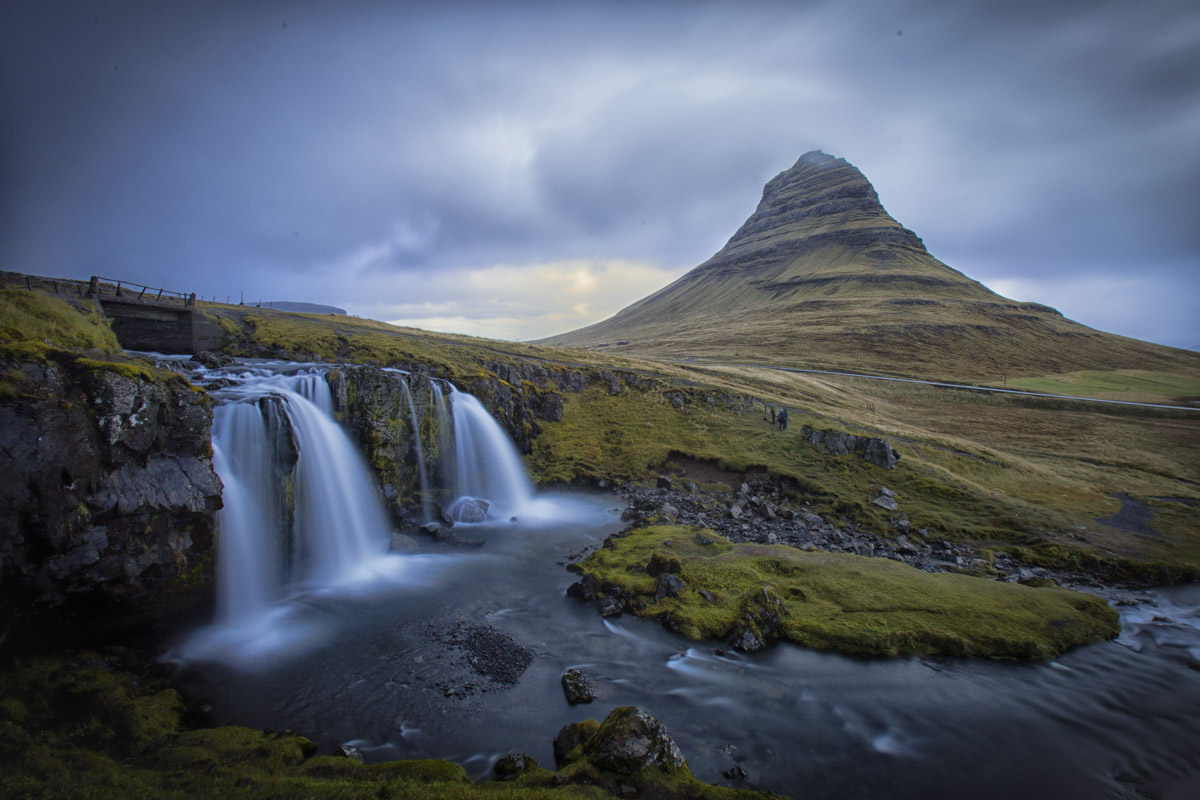 Kirkjufellsfoss Grundarfjörður/スナイフェ
