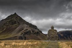 バゥルズゥル・スナイフェットルサゥスBárður Snæfellsásと