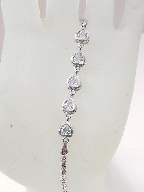 צמיד לבבות משובצים זרקונים. Five hearts silver bracelet