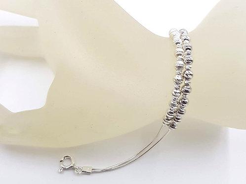 צמיד כסף שורה כפולה של חרוזי כסף.Double chain and beads silver bracelet