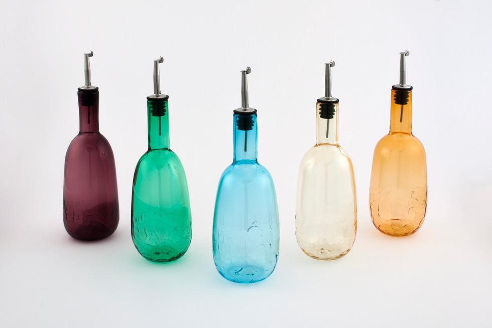Tear Drop Peak Bottles with Pour Spout