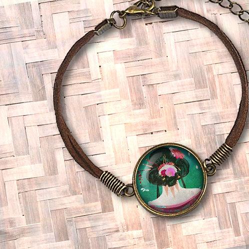 'Backside Beauty' Leather Bezel Bracelet