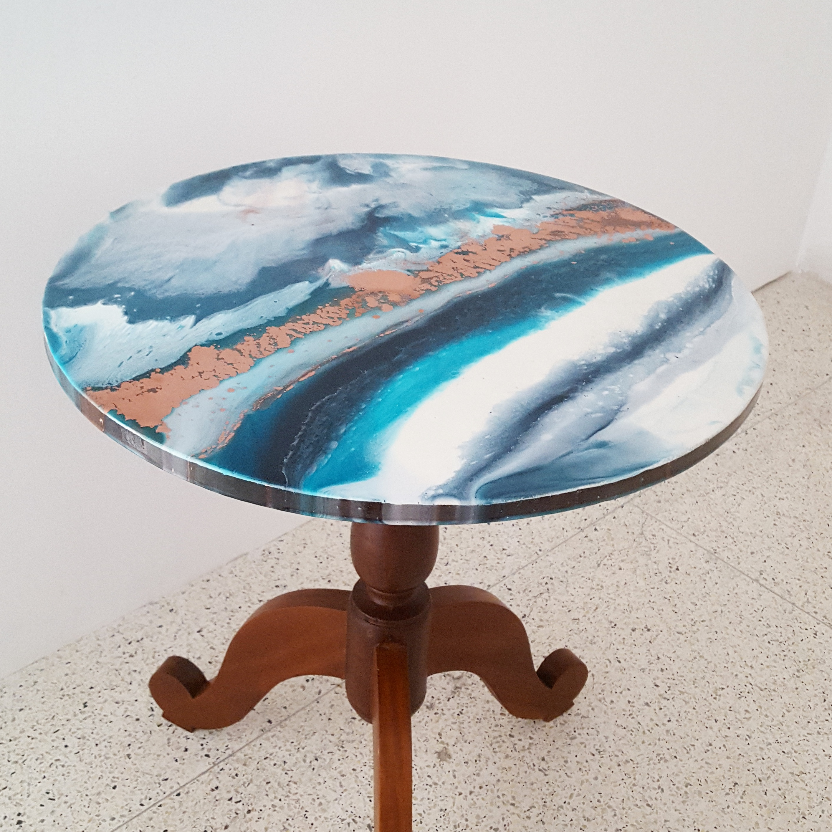 Teak table with Resin table top