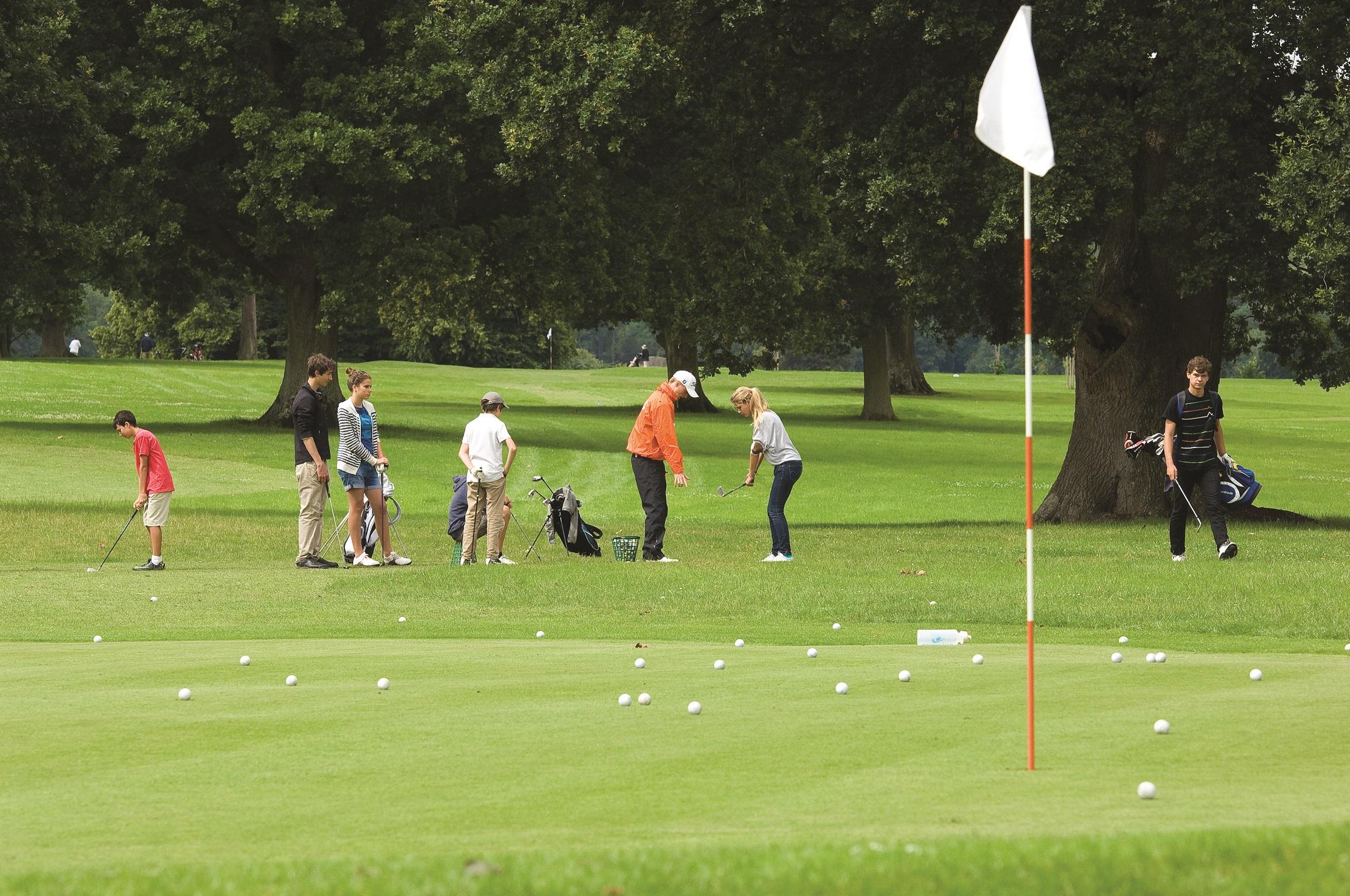 jovenes Golf
