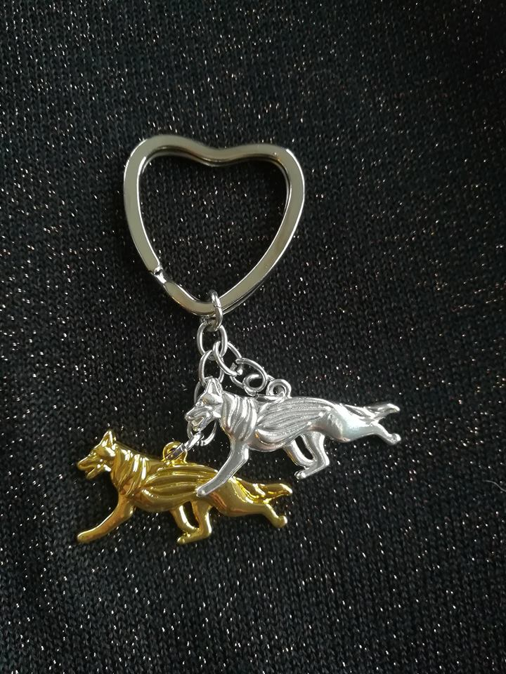 gold and silver german shepherd keychain