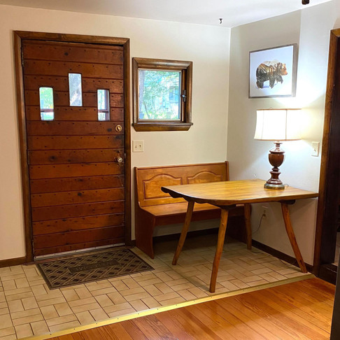 Bear Claw Cabin living room workspace