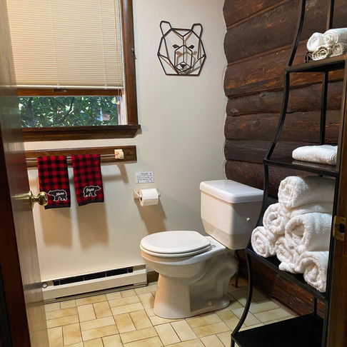 Bear Claw Cabin Full Bath with Stand Up Shower