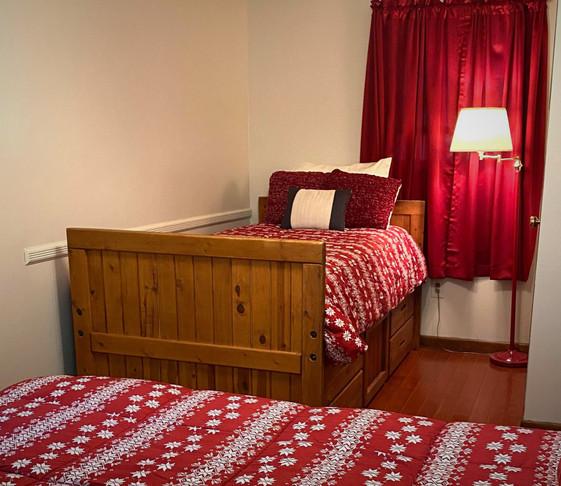 Master Bedroom Twin Bed