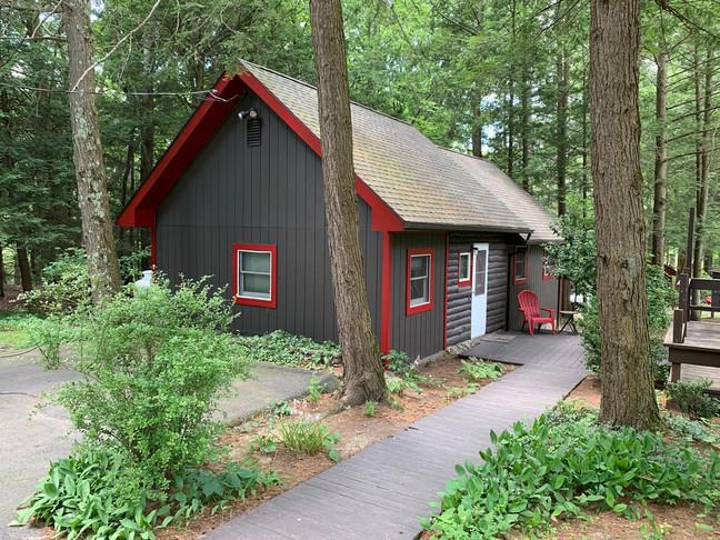 Bear Claw Cabin