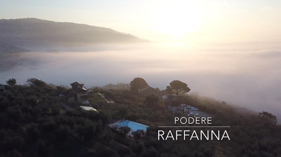 sfondo drone podere.png